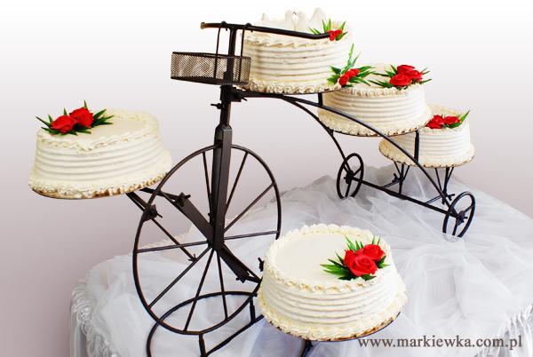Tort na stojaku rowerek